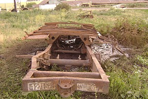 Рама тягача Sd.Kfz 7 надейнная в болоте, Германия